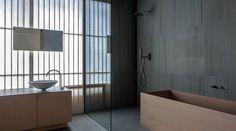 Detalhe do banheiro da suíte do Hotel Ginzan Onsen Fujiya