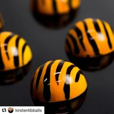 #Repost @kirstentibballs (@get_repost) @bakelikeapro  Is it a coincidence that I just released my tiger chocolate recipe on @savourschool Online Classes or a sign... The @afl grand final is on in Melbourne tomorrow. Will the @richmond.tigers win? #chocolate with @bullafamilydairy #tigers #afl #kirstentibballs #gotiges #callebaut #savourschool #tiger photo by @kimberleymooremedia