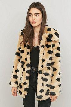 Jakke Tammy Polka Dot Faux-Fur Jacket - Urban Outfitters