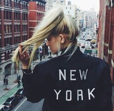 New York, concrete jungle where dreams are made off Art Vintage, Style Vintage, Ibiza, A New York Minute, Thing 1, City That Never Sleeps, Concrete Jungle, City Girl, City Style
