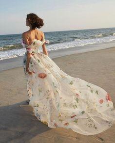 27 Ultra-Pretty Floral Wedding Dresses For Brides ❤ floral wedding dresses off the shoulder strapless beach oscardelarenta #weddingforward #wedding #bride #weddingoutfit #bridaloutfit #weddinggown