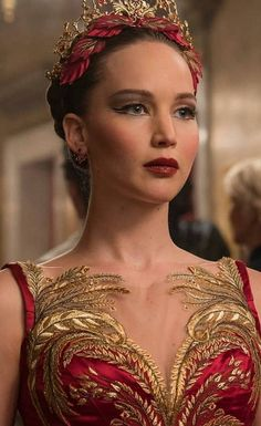 36 So Beautiful Jennifer Lawrence Pictures and Photos in 2019 Part jennifer lawrence hair; Mary Louise Parker, Joel Edgerton, Charlotte Rampling, Star Actress, Best Actress, Jenifer Lawrens, Red Sparrow Movie, Jennifer Lawrence Funny, Jennifer Lawrence Red Sparrow