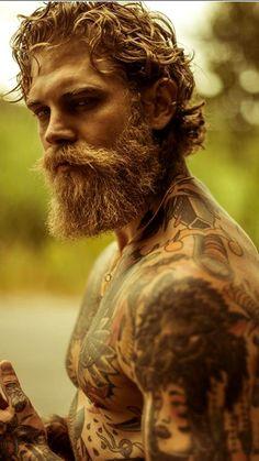 The Curiopop 🔥 Bearded - Hot sexy XL Scruff bearded w/full body coverage 😍 - Beard Styles For Men, Hair And Beard Styles, Long Hair Styles, Viking Beard Styles, Epic Beard, Sexy Beard, Ginger Men, Ginger Beard, Great Beards