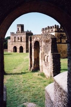 Ethiopia : The castles of Gondar--The ruins of the castle and palace built by Emperor Fasiladas in the 16th century
