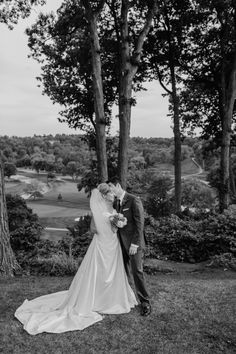 stacey kinkaid is a toronto wedding photographer specializing in telling your story, in a way that is creative and genuinely you. Toronto Wedding Photographer, Country Club Wedding, Golf, Wedding Dresses, Bride Gowns, Wedding Gowns, Weding Dresses, Wedding Dress, Wedding Dressses