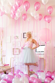 Bachelorette party decor idea - pink + white balloons - perfect way to decorate hotel room {Courtesy of Best Friends For Frosting}