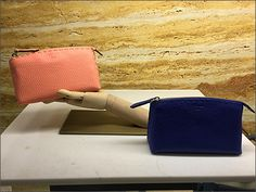 Fendi® Purse Handform – Fixtures Close Up Fendi Purses, Fashion Handbags, Zip Around Wallet, Visual Merchandising, Design, Retail, Hands, Display, Floor Space
