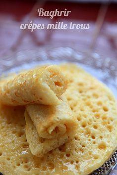 Crêpes mille trous (Baghrir) - Rdv Aux Mignardises chez Mouni 300gr de semoule extra fine 160gr de farine 1cc de sel 1cs de sucre 1cs de levure 800ml d'eau tiède 1/2 sachet de levure chimique