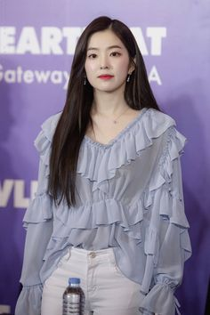 28 Most Beautiful Photos of Red Velvet Irene Do you love irene? Irene is a member of K-pop girl Red Velvet Irene, Soyeon, Kpop Girls, Girl Crushes, Asian Woman, Korean Girl, Seulgi, Korean Fashion, Kpop Fashion