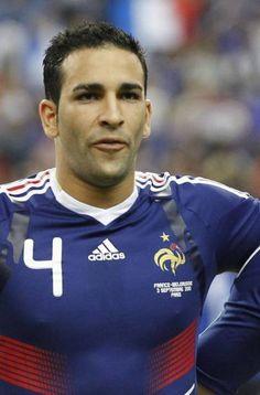 Adil Ramí, nuevo jugador del Valencia y sex symbol de la liga - elnortedecastilla.es. Foto 8 de 8 Sex, Valencia, Adidas, Sports, Tops, Fashion, Hs Sports, Moda, Fashion Styles