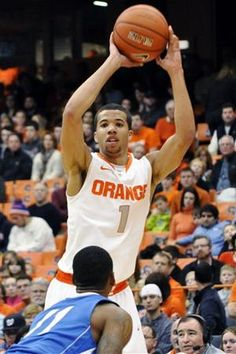 Carter-Williams keys Syracuse over Central Connecticut State 96-62 on Monday, Dec. 31, 2012; Coach Jim Boeheim gets his 902nd career win #sports http://www.uticaod.com/sports/x1783190085/Carter-Williams-keys-Syracuse-over-Central-Connecticut#