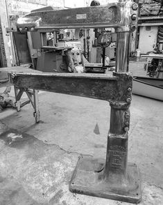 "Yesterdays score. 36"" CP riveter. #planishinghammer #chicagopneumaticplanishinghammer #planishinghammerthursday #pettingell #metalshaping Planishing Hammer, Metal Shaping, Sheet Metal, The Body Shop, Blacksmithing, Entryway Tables, Pets, Instagram, Tools"