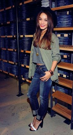 Vanessa hudgens ! Cute