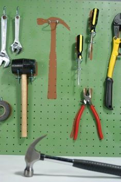 Cathie Filian {Cathie and Steve like to make things.}: Homemade Hardware on Creative Juice