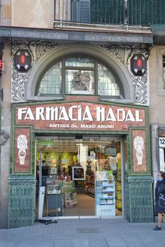 Farmacia Nadal - Barcelona, Spain