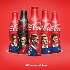 11 bouteilles collector aux couleurs de l'equipe de France de football | Coca-Cola France Antoine Griezmann, Coca Cola France, Coca Cola Light, Coca Cola Decor, Soccer Players, Life Images, Neymar, Coke, Bottle
