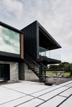 Modern House Design : Silver House by Hyde Hyde via onreact