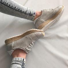 El color de esta temporada: Plata! También en la sneakers merx de Sixtyseven.
