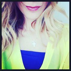 { sorriso, diamanti e colori : è questione di priorità } #mypriority #me #now #robyzl #serendipity #pic #smile #love #diamond #color #joy #tw #tweegram #ip #iphone #iphonesia #blueandyellow #pic #picoftheday #ph #photo #photooftheday #tagforlike #like4like #tumblr #flik #social #instagram #instagood #instacolor #instagood #instagram #instalove #ootd