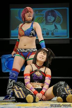 Kana (Asuka) in control of Mio Shirai