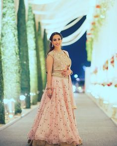 10 Lehenga Designs that all the Brides are currently crushing over #IndianBridalLehengas #BridalLehengas #SouthIndianBridalLehengas #Lehengas #WeddingBridalLehengas #WeddingLehengas