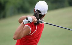 For female golfers, especially beginners finding useful information is difficult and sometimes the information found can be daunting and almost off-putting. With the beginners guide to golf for ladies, we are going to give some practical and helpful advice as to what you can do to make your transition into golf that little bit easier.