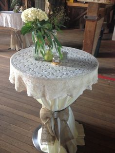 Cocktail table with lace over the top, tied with a burlap ribbon Top Table Ideas, High Top Tables, Bar Tables, Patio Bar Set, Pub Set, Ideas Para Fiestas, Over The Top, Burlap Ribbon, Diy Wedding Decorations