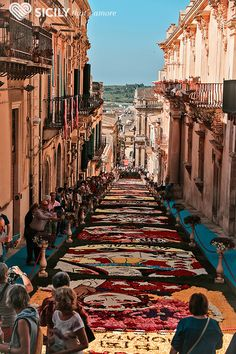 Visit Sicily with Sicily That's Amore and get to experience it like a local! Visit Sicily, Like A Local, New York Skyline, Tours, Nature, Travel, Naturaleza, Viajes, Trips