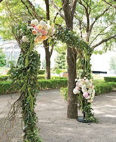 Ivy and Floral Arch | Perez Photography | blog.theknot.com