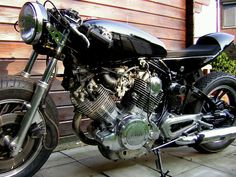 Excellent Yamaha Virago Cafe Racer Motorcycle Photo   AstraOne.com › Classic-Custom Cafe Racers, Bobber & Chopper Motorcycles Gallery
