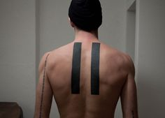 Resultado de imagen para tattoo hombre lineas