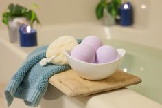 How to Make Bath Bombs Without Citric Acid- My friends rave about the ones they get from Lush, maybe I can make my own and save me some moola$$$