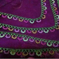 Alıntı Gorgeous Turkish oya needlework on this eggplant-colored scarf Needle Tatting, Needle Lace, Crochet Trim, Crochet Lace, Knitting Socks, Baby Knitting, Doll Patterns, Knitting Patterns, Hand Embroidery