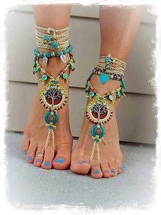 Reserved NEON green BAREFOOT sandals LEAF Toe anklets Woodland Fairy Anklet Sandals Gypsy sole less shoes Crochet sandals Bikini jewelryBohemian DREAM BAREFOOT SANDALS sole less sandals beach wedding rainbow dance jewelry slave anklet foot jewelry bo Mode Hippie, Hippie Chic, Boho Chic, Beaded Anklets, Anklet Jewelry, Feet Jewelry, Beaded Sandals, Jewellery, Barefoot Sandals Pattern