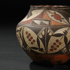 two-acoma-polychrome-pottery-jars.jpg 640×640 pixels