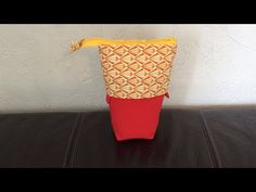 Discover recipes, home ideas, style inspiration and other ideas to try. Pouch Tutorial, Diy Tutorial, Diy Pouch No Zipper, Diy Slides, Diy Crayons, Pot A Crayon, Couture Sewing, Sewing Tutorials, Diy And Crafts