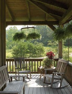 How To Design Outdoor Living Spaces for Log Homes This side porch creates the perfect spot for relaxing. Outdoor Spaces, Outdoor Living, Log Home Living, Porch Veranda, Side Porch, Decks And Porches, Cabin Porches, Bungalows, Log Homes