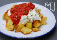 TEN'S. C/ del Rec, 79 - El Born    Hoy os traigo la receta de las mejores patatas bravas de Barcelona. Para dar con ella, os llevaré prime...