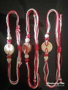"""Мартеница с бяло/червено копче, дървени мъниста и традиционните бяло-червени нишки за пролетния празник. Мартеницата завършва с регулатор на дължината. ------------------------- #martenica #martenitsa #spring #Bulgariantraditions #handmade #БабаМарта #традиции """"#мартеници #мартеница Button Bracelet, Bracelets, Washer Necklace, Headphones, Buttons, Handmade, Jewelry, Ideas, Headpieces"""