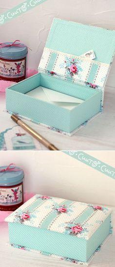 et jaime la petite pochette sur le couvercleLes couleurs sont si jolies. et jaime la petite pochette sur le couvercle Cardboard Crafts, Paper Crafts, Fun Crafts, Diy And Crafts, Cigar Box Crafts, Pretty Box, Altered Boxes, Craft Box, Diy Box