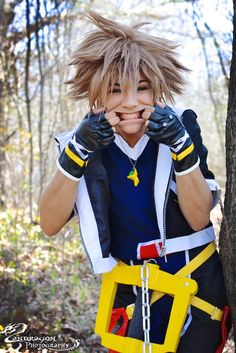 Cosplay of the Day: Sora (Kingdom Hearts) THIS IS AH-MAAAAAAZING!!!!!!!!!!!!!! Whoever did this I will find you, and I will hug you!!!!!!