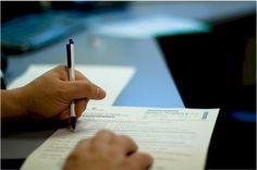 Calcolo Indennità di Disoccupazione  Esempio di calcolo del sussidio o assegno di disoccupazione ordinaria per un lavoratore dipendente assunto a tempo indeterminato presso una piccola industria e licenziato il 31 marzo 2013 per cessazione attività aziendale.