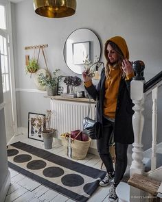 Layer up your home just like you would your clothes not only do layers make a room feel cosy but they also make it more intriguing. Layers are the finishing touches that make you want to linger and look around for longer. Speaking of layers weve just ordered pizza! {tenuous link }What are your Friday night plans?  . . . #lifestyleblogger  #interiormilk  #bhgstylemaker  #bhghome  #hallwaydecor  #mybeautifulhome  #apartmenttherapy  #mynordicroom  #hallwayinspo  #hallwaysandforever  #interior4all