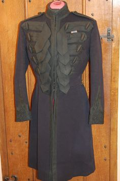 Grenadier Guards Officer's frock coat  						Photos not available for this variation
