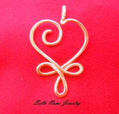 This Celtic heart pendant is made of 14 gauge sterling silver or 14k gold filled wire and comes with a 18 inch 2 mm sterling silver or 14k gold filled figure 8 chain. This pendant has approximately 1.5 inch drop. In the options section please select if you want sterling silver of 14k gold fill. If you have multiple orders for this item please contact me and I will create another listing with the quantity you need. All items are shipped USPS first class.  The bracelet is made to order so…