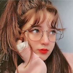 ❣️❣️🅢🅠🅤🅘🅢🅗🅗🅗❣️❣️ (@dpz_queen11) • Instagram photos and videos Uzzlang Girl, Girl Face, Art Girl, Cute Korean Girl, Asian Girl, Chica Cool, Western Girl, Cute Girl Photo, Girls With Glasses