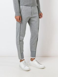 Men Trousers, Sports Trousers, Sporty Outfits, Mode Outfits, Mens Joggers, Sweatpants, Moda Emo, Men Design, Sport Chic