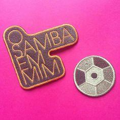 """A @mariaritaoficial lançou recentemente seu novo DVD """"O samba em mim""""e nos convidou para criar patches exclusivos para seu press kit."""