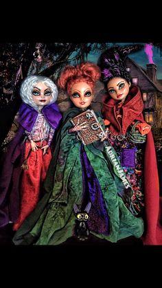 Hocus Pocus witches dolls #monsterhigh #monsterhighooak #ooak #ooakdolls #art #hobby #customdolls #dolls #dollrepaint #artist #etsy #artistsoninstagram #craft #myart #dudewithdolls #monsterhighguy #instadoll #fabercastell #monsterhighrepaint #repaint #fantasy #thedollarium #artdoll #artsy #hocuspocus #fantasy #halloween #witches