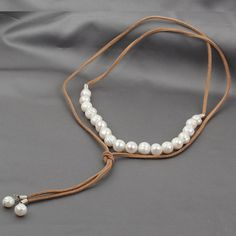 Pearl Leather Necklace Choker Necklace Leather by jewelrystorylove